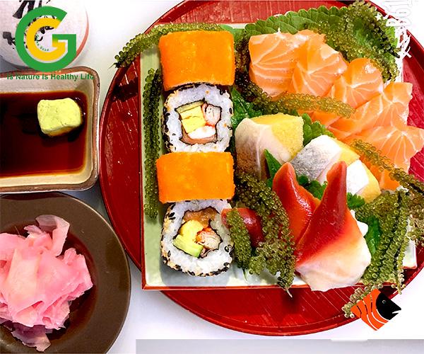 sashimi nhật kèm gừng hồng ngâm giấm